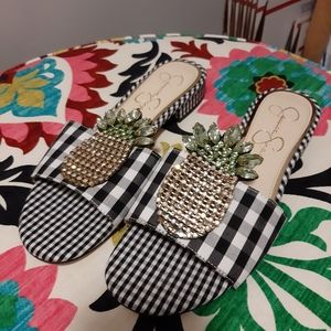Jessica Simpson Pineapple Sandals